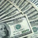 El dólar paralelo • fenómeno económico en Venezuela